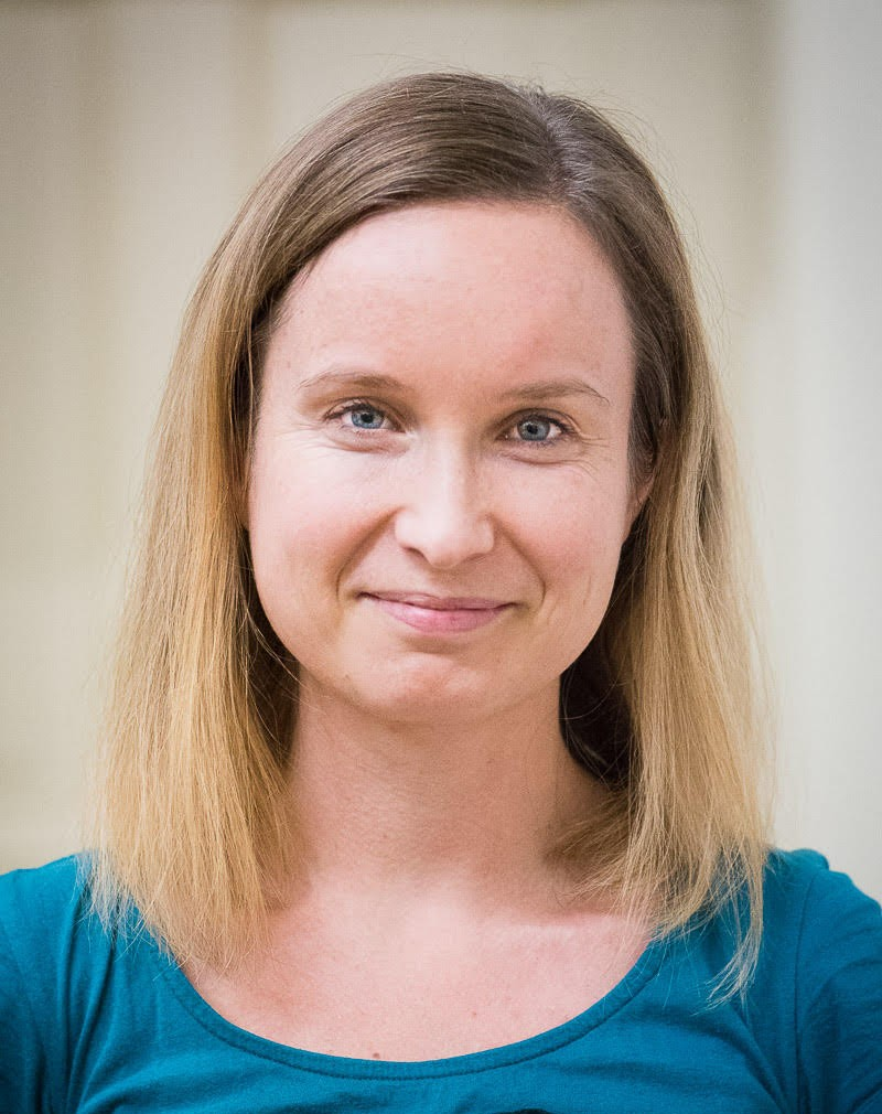 Mgr. Anna Rubešová, psychoterapeutka Praha, rogersovská psychoterapie.
